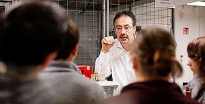 Professor während einer Lehrveranstaltung